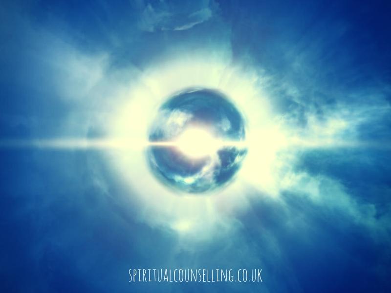 Scorpio Full Moon – Presence & Power