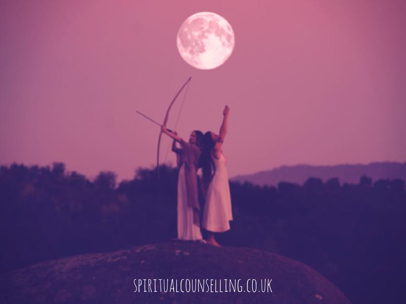 Sagittarius Full Moon – The Wood & Trees